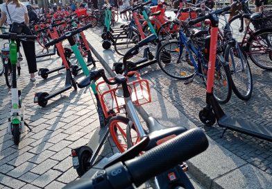 Neue Sehenswürdigkeiten vor dem Brandenburger Tor